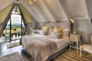 Inside of Loeries Call Guesthouse- Guest Houses Nelspruit - Shandon Lodge